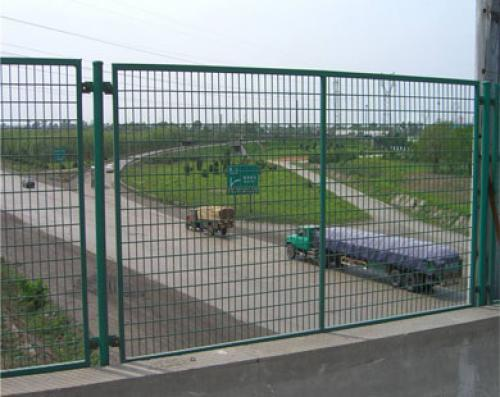 桥上防抛网